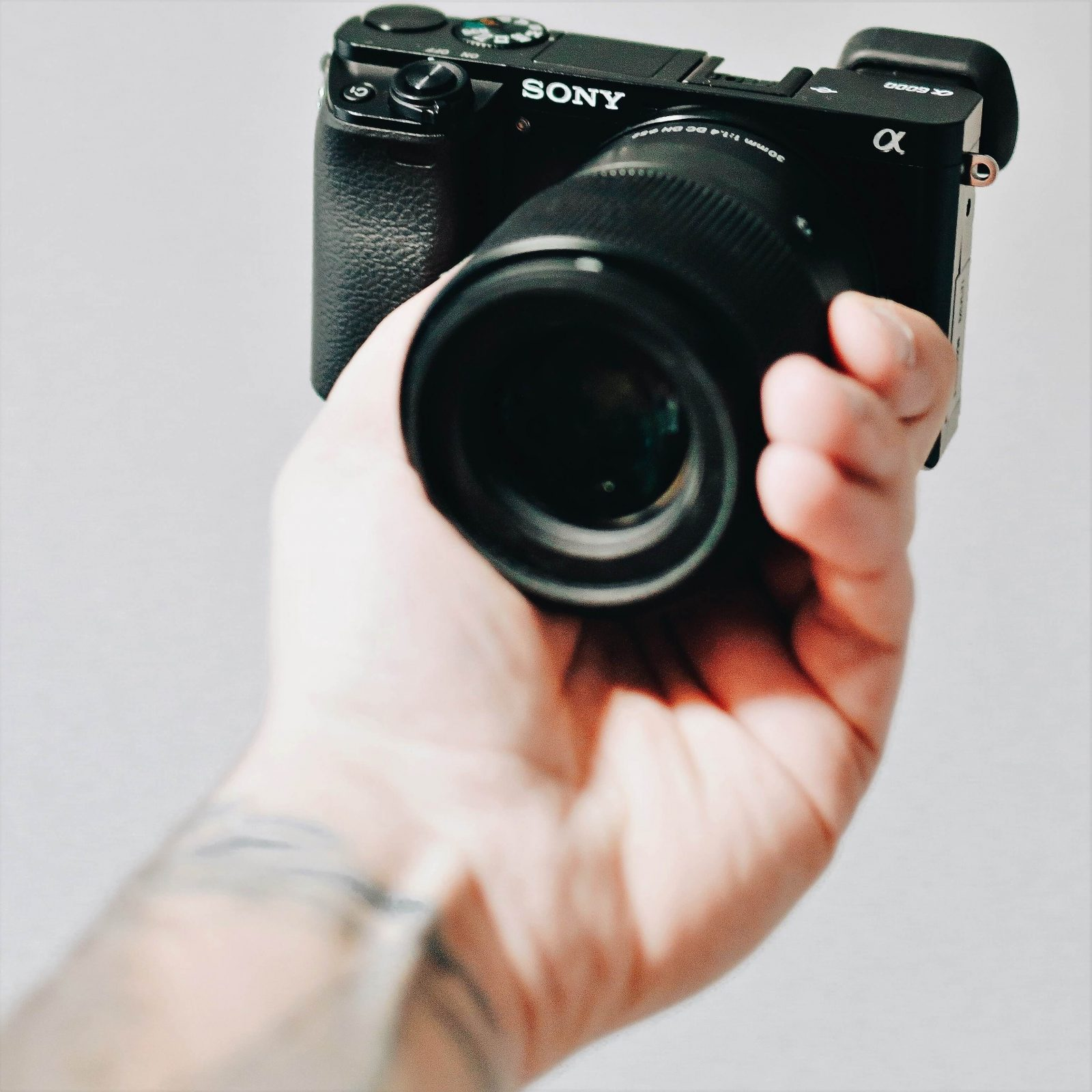 Best Vlogging Camera 2020.Top 5 Best Sony Vlogging Cameras 2020 3 Is Almost Free
